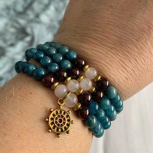 Natural polished stones necklace or bracelet